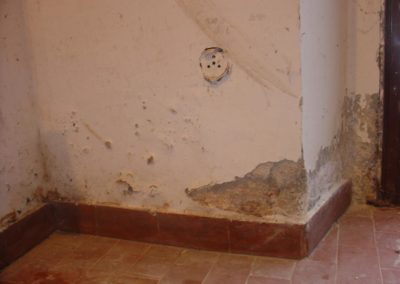 umidita-risalita-intonaco-scrostato15