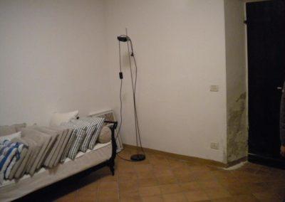 umidita-risalita-muro-soggiorno1