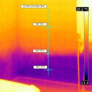 Termografia finale dello stesso punto ove si può vedere l'umidità di risalita capillare